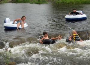 Siobhan and her cousins Emily, Matthew and Jack tubing in the Little Snake