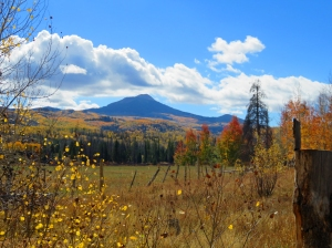 Hahns Peak in autumn